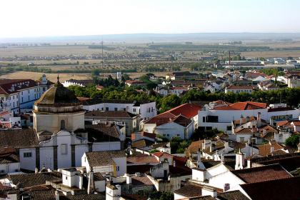 Evora_Wikipedia_(cc)
