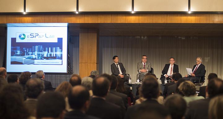 Edwin Lau (OCDE), Jaime Quesado (ESPAP), José Caldeira (ANI) e João Ramos (Expresso)