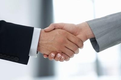 parceria_symbol-of-partnership_iStockphoto-000015475786-100264223-orig